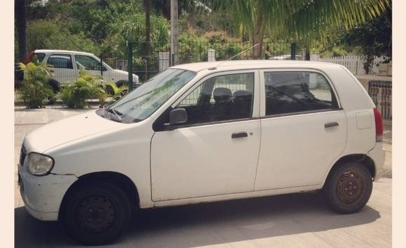 Suzuki alto white