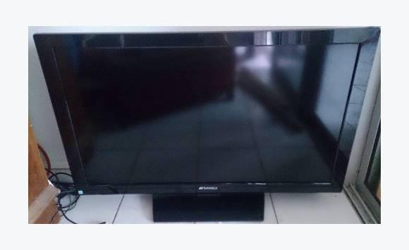 35 inches Sansui TV