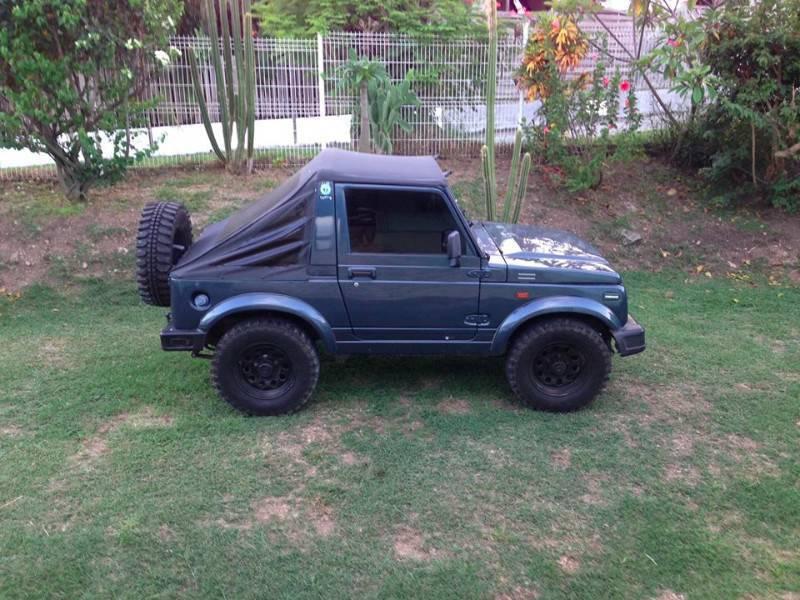 4x4 Suzuki Samurai