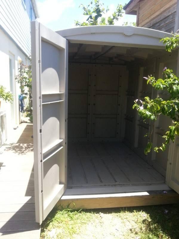 Cabane de jardin en plastique annonce bricolage jardinage saint martin - Cabane de jardin plastique ...
