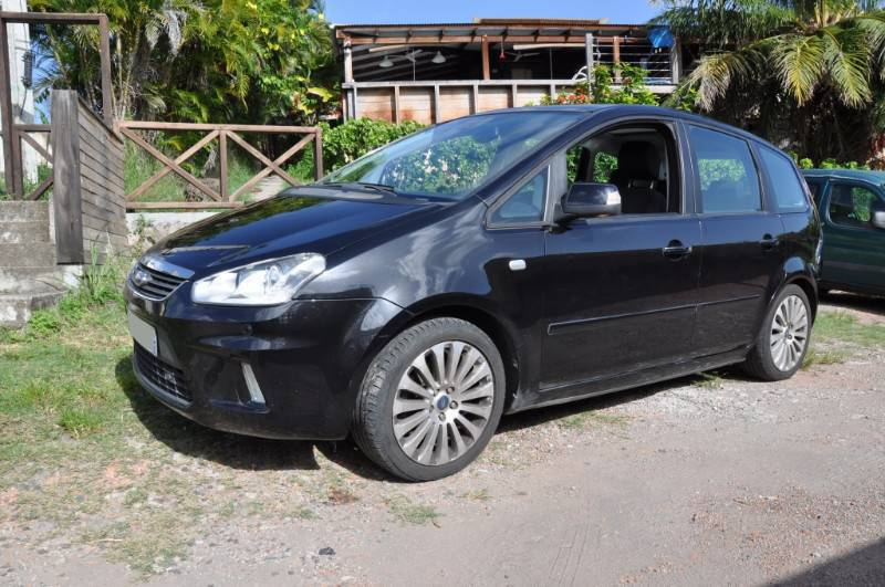 ford cmax 1 8 tdci 2009 titanium haut de gamme annonce voitures les anses d 39 arlet martinique. Black Bedroom Furniture Sets. Home Design Ideas