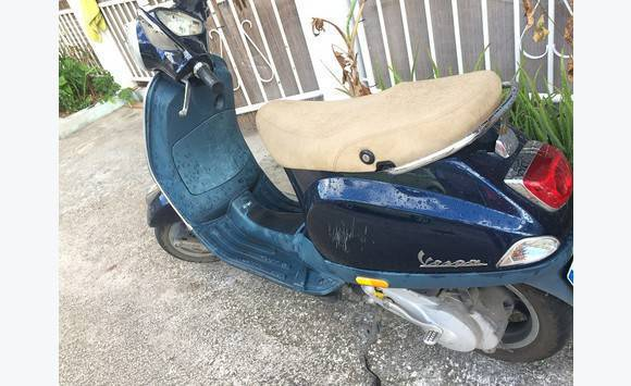 scoot vespa neuf annonce motos scooter quad saint martin. Black Bedroom Furniture Sets. Home Design Ideas