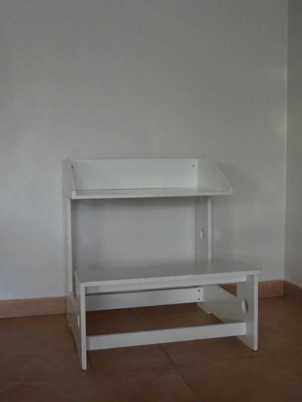 Petit bureau enfant annonce meubles et d coration cul for Bureau martin