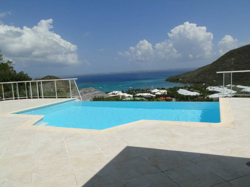 Belle villa piscine et vue mer annonce ventes maison for Piscine saint marcel