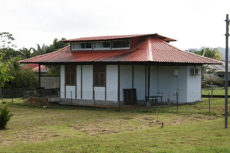 Villa t2 meuble annonce locations maison matoury guyane for Acheter maison guyane