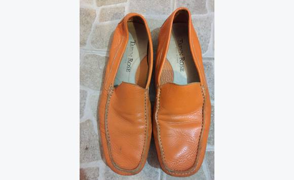 18ee022f4233 Taryn Rose Leather Men Shoes Orange size 10 - Shoes Sint Maarten • Cyphoma