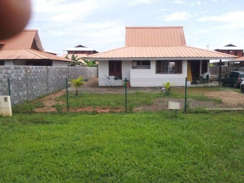 Maison annonce locations maison macouria guyane for Acheter maison guyane