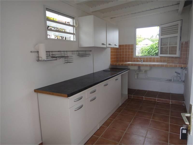 Charmante maison f3 id al 1er achat ou annonce for Acheter une maison en guadeloupe