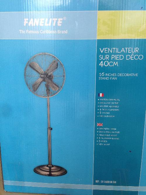 ventilateur sur pied annonce lectrom nager baie nettle saint martin. Black Bedroom Furniture Sets. Home Design Ideas