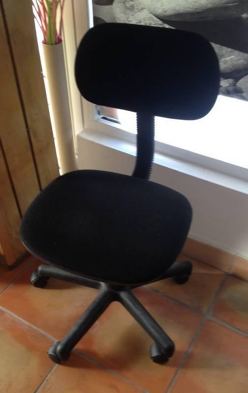Bureau avec tag res annonce meubles et d coration for Bureau martin