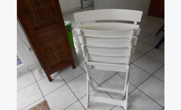 2 chaises interieur exterieur parfait tat annonce meubles et d coration le diamant martinique. Black Bedroom Furniture Sets. Home Design Ideas