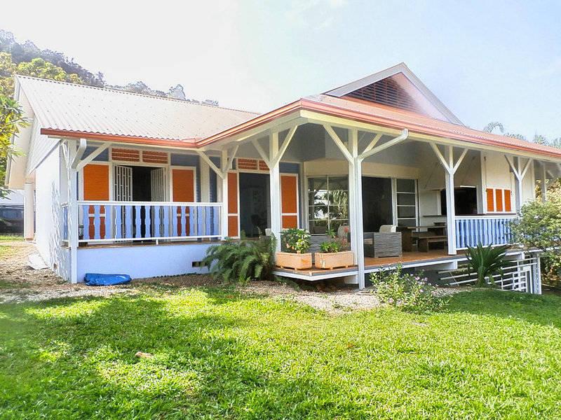Une tr s belle maison d 39 architecte vue annonce ventes - Belle maison traditionnelle symmetry architecte ...