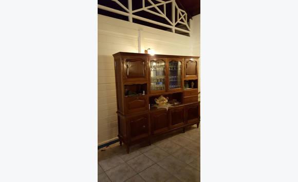 meubles anciens annonce meubles et d coration les trois lets martinique. Black Bedroom Furniture Sets. Home Design Ideas
