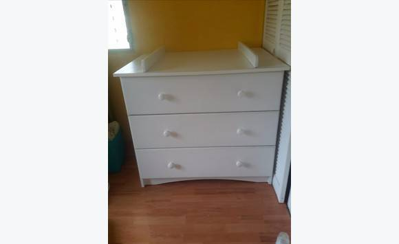 Dresser changing table - Classified ad - Childcare - Baby ...