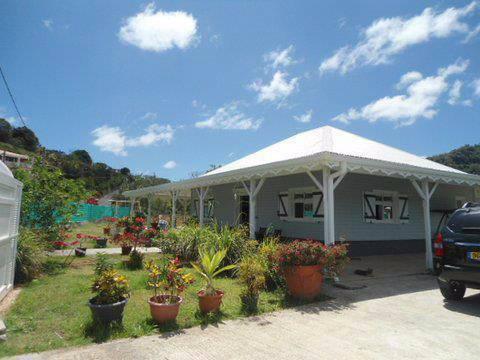 Tres belle villa t5 neuve avec piscine annonce ventes for Piscine hors sol martinique