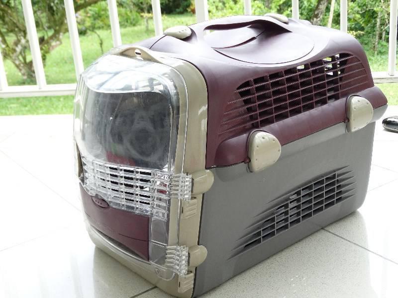 caisse cage transport chat chien pet cargo cabrio. Black Bedroom Furniture Sets. Home Design Ideas