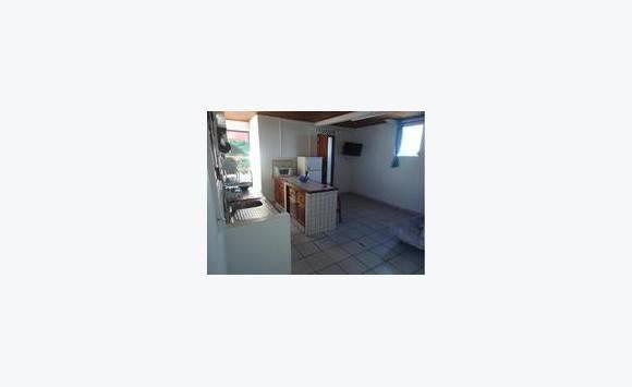 particulier loue studio meubl annonce locations appartement saint joseph martinique. Black Bedroom Furniture Sets. Home Design Ideas