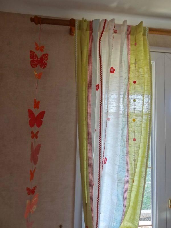 lot ciel lit moustiquaire ikea paire rideaux annonce. Black Bedroom Furniture Sets. Home Design Ideas