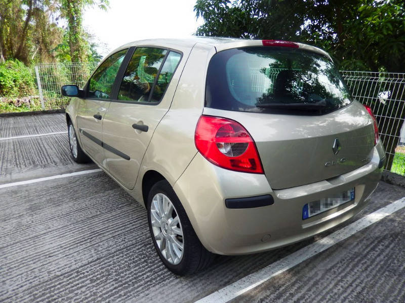 Renault clio iii 1 5 dci 85 exception 2007 5p annonce for Garage renault martinique