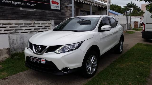 nissan qashqai 1 5 dci 110 connect edition annonce. Black Bedroom Furniture Sets. Home Design Ideas