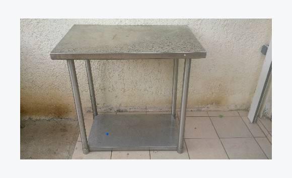 table inox annonce autres mat riel pro saint martin. Black Bedroom Furniture Sets. Home Design Ideas