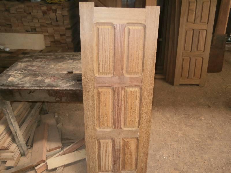 Portes et fenetres bois de qualit annonce meubles et for Decoration porte et fenetre