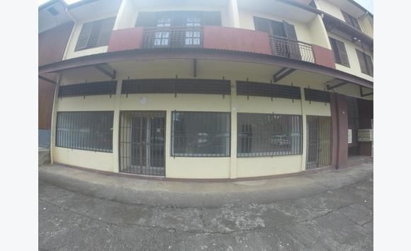 local commercial rue pichevin 700 bureaux commerces soci t s guyane. Black Bedroom Furniture Sets. Home Design Ideas