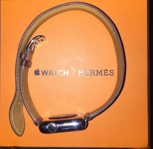 apple watch hermes annonce bijoux montres accessoires colombier saint barth lemy. Black Bedroom Furniture Sets. Home Design Ideas