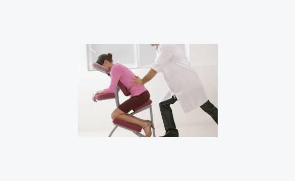 massage relaxation sur chaise ergonomique annonce services de soins et de beaut fort de. Black Bedroom Furniture Sets. Home Design Ideas