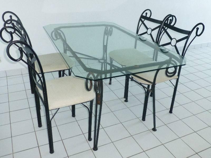 Table verre et fer forg et 6 chaises meubles et - Salle a manger en fer forge et verre ...