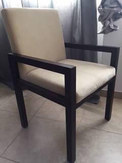chaise de bureau tr s confortable annonce meubles et. Black Bedroom Furniture Sets. Home Design Ideas