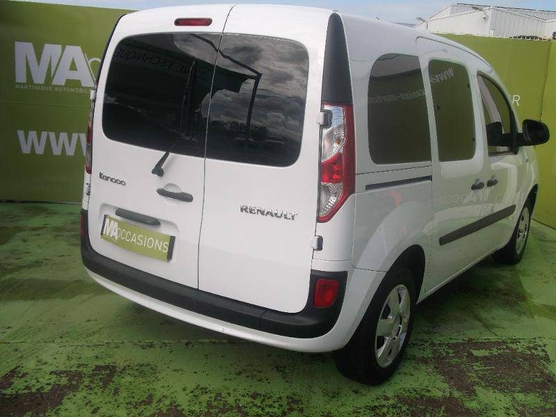 renault kangoo 1 5 dci 75ch life annonce voitures le lamentin martinique cyphoma. Black Bedroom Furniture Sets. Home Design Ideas