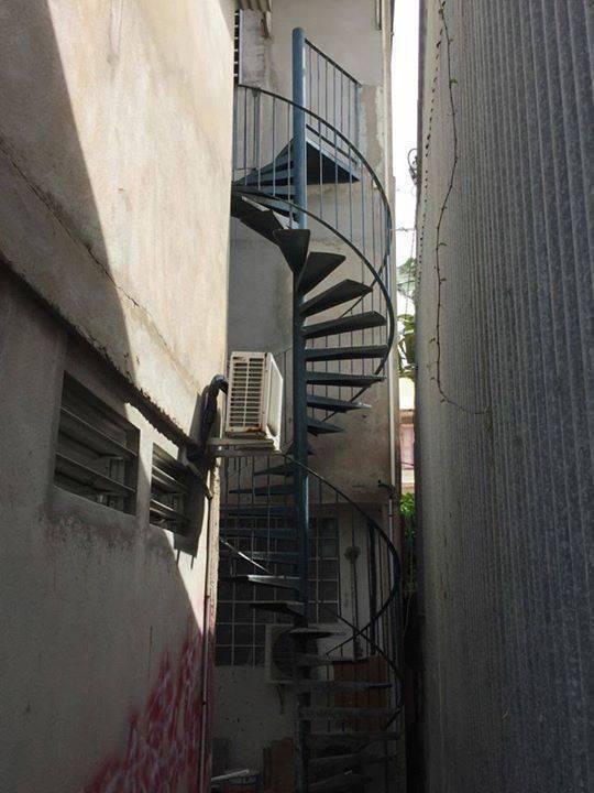Escalier en m tal annonce divers arrondissement de cayenne guyane - Escalier en metal a vendre ...