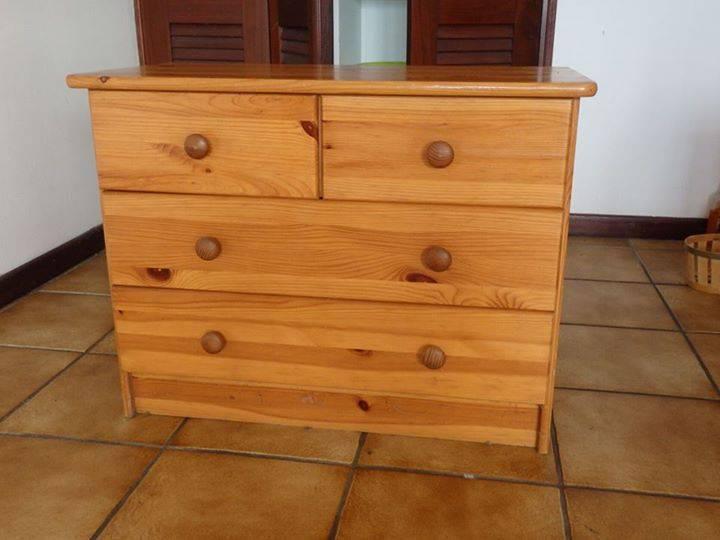 Commode en pin naturel annonce meubles et d coration for Meubles en pin naturel
