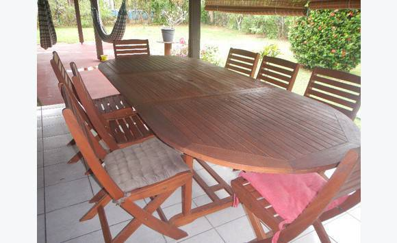 Table avec rallonge annonce mobilier et quipement d for Equipement exterieur