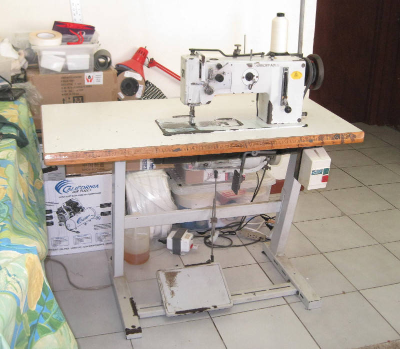 Industrial sewing machine classified ad small