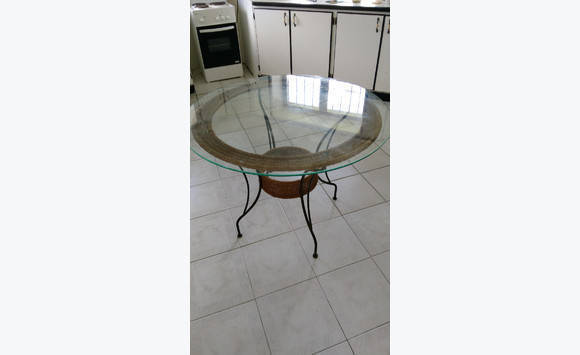 Table classified ad furniture and decoration colombier - Deco table reveillon st sylvestre ...