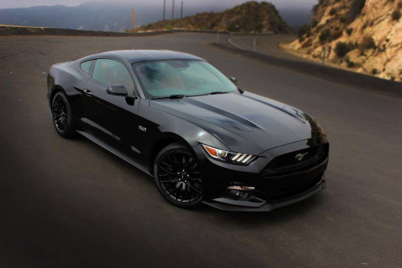 ford mustang gt v8 5 0l 2015 annonce voitures saint martin. Black Bedroom Furniture Sets. Home Design Ideas