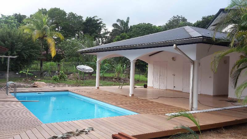 Loue villa f5 mezzanine et piscine annonce locations for Location villa guyane piscine