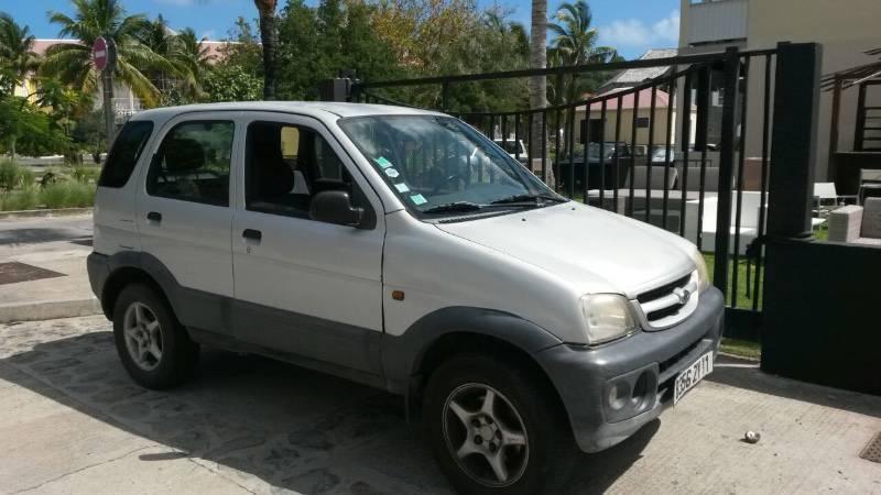 Terios 2005 annonce voitures gustavia saint barth lemy for Garage qui vend des voitures d occasion a credit