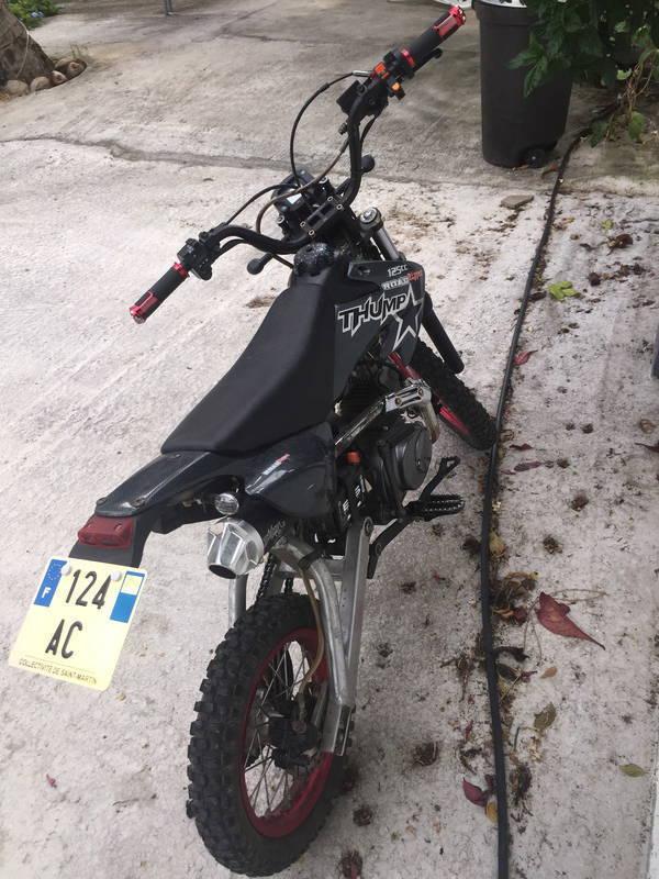 moto dirt bike 125cc avec carte grise annonce motos scooter quad marigot saint martin. Black Bedroom Furniture Sets. Home Design Ideas