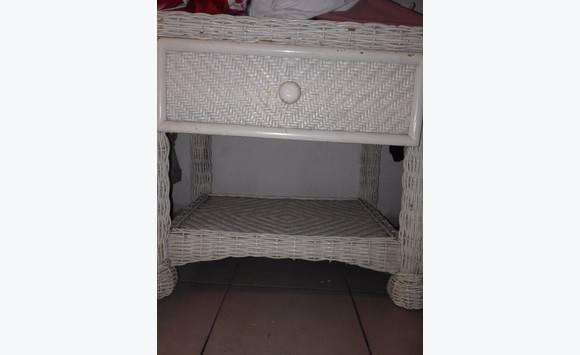 Petit meuble annonce meubles et d coration concordia for Meuble concordia