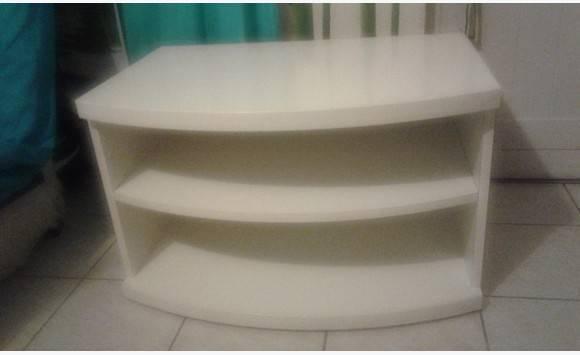 Meuble blanc annonce meubles et d coration concordia for Meuble concordia
