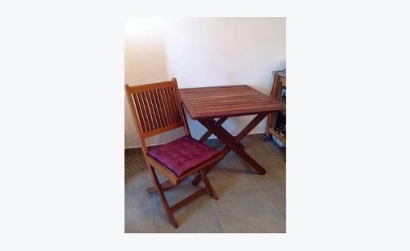 Table et chaises en teck annonce meubles et d coration for Table et chaise en teck