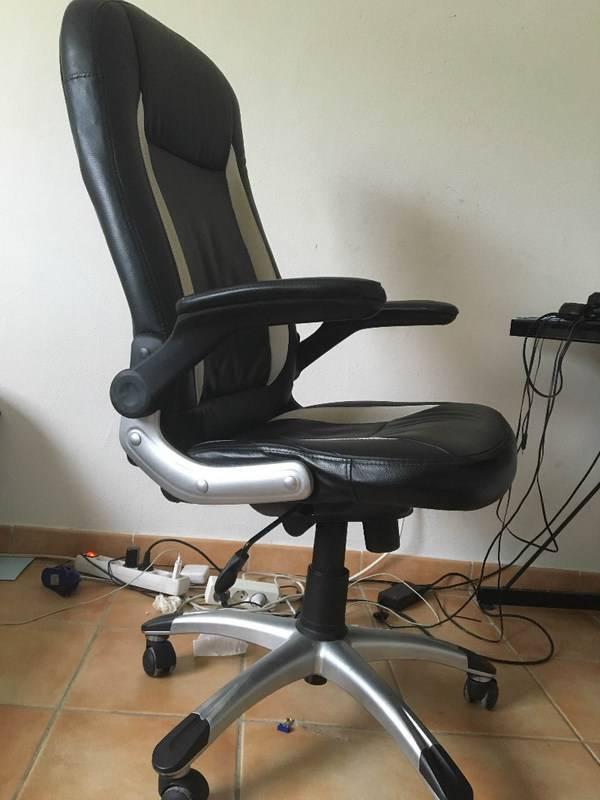 chaise de bureau annonce meubles et d coration parc de la baie orientale saint martin. Black Bedroom Furniture Sets. Home Design Ideas