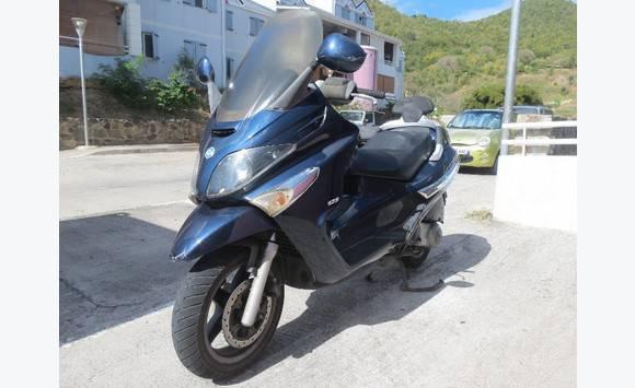 scooter piaggio xevo 125 annonce motos scooter quad concordia saint martin. Black Bedroom Furniture Sets. Home Design Ideas