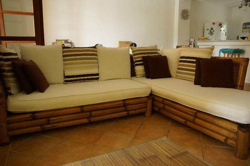 Canap d 39 angle bambou annonce meubles et d coration for Canape orientale