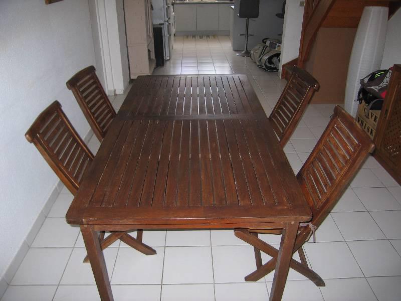 Table teck et 4 chaises teck annonce mobilier et for Mobilier exterieur teck