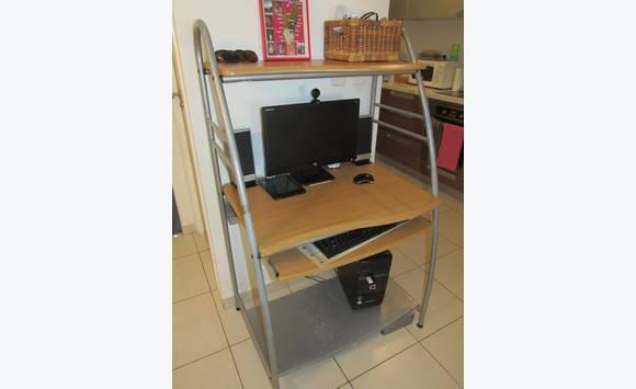 meuble ordinateur annonce informatique cul de sac saint martin. Black Bedroom Furniture Sets. Home Design Ideas
