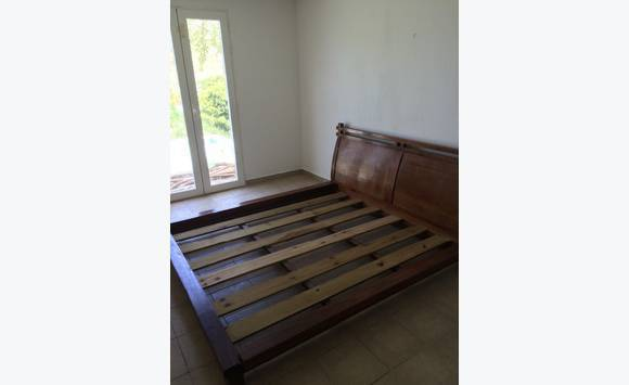 lit queen size annonce meubles et d coration mont vernon saint martin cyphoma. Black Bedroom Furniture Sets. Home Design Ideas